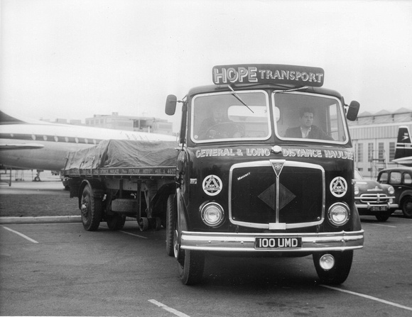 AEC negative 20069 - 100UMD - AEC Mercury - Hope Transport