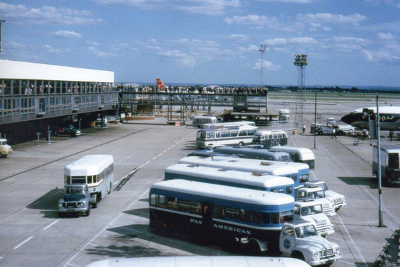 Ccmv classic commercial motor vehicles airport airside for Tj motors new london
