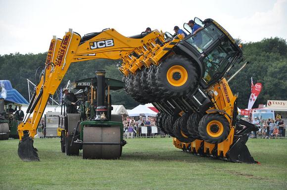 Ccmv Classic Commercial Motor Vehicles Jcb Dancing Diggers