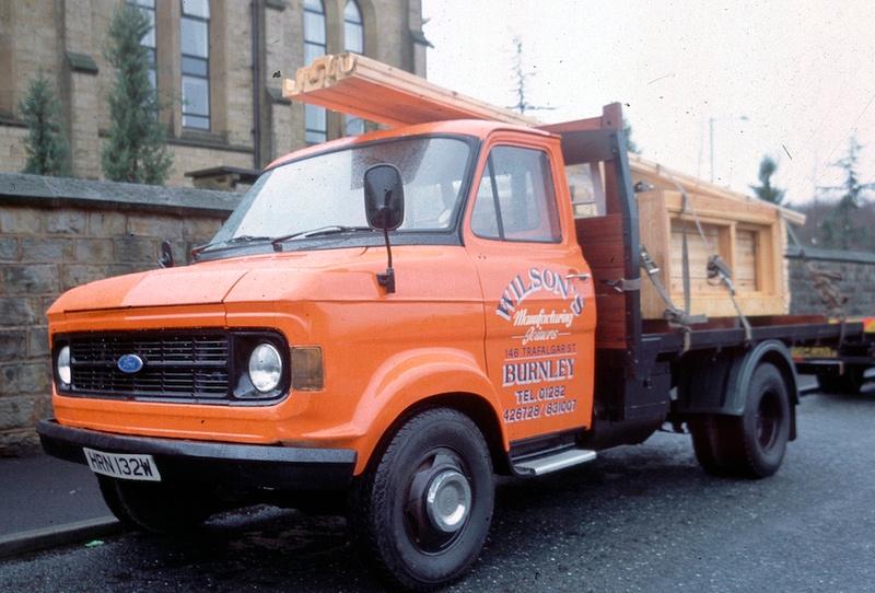 Ford motor commercial trucks for Commercial motor used trucks